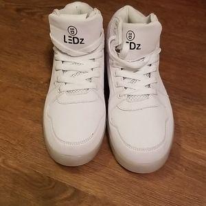 Ledz sneakers